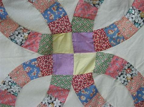 wedding ring vintage quilt top patchwork cotton print fabric
