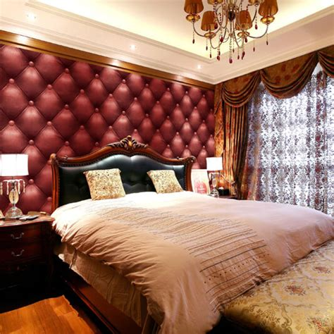 red  bedroom wallpaper call