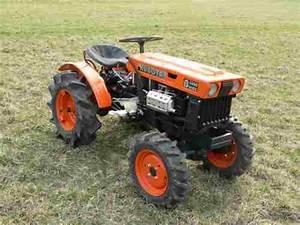 Kubota Tractor Model B6000 Workshop Service Repair Manual