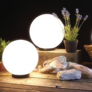 Warum Fliegen Insekten Ins Licht by Alter Falter Warum Motten Auf Licht Fliegen Wohnlicht