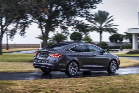 Chrysler 200 Incentives by Incentives American Car Buyers Still Don T Want A