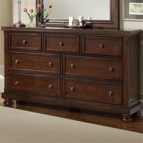 vaughan bassett reflections dresser 7 drawers