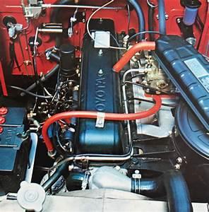 Land Cruiser 40 Engine  U0026 Engine Compartments Photos