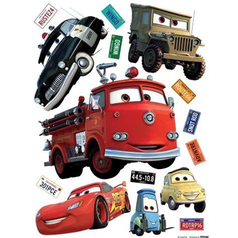 stickers muraux cars geant disney papier peint cars 2 cat 233 gorie divers maison jardin