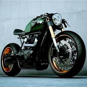 Pneu Cafe Racer : triumph supermoto pinterest moto voiture et deux roues ~ Medecine-chirurgie-esthetiques.com Avis de Voitures