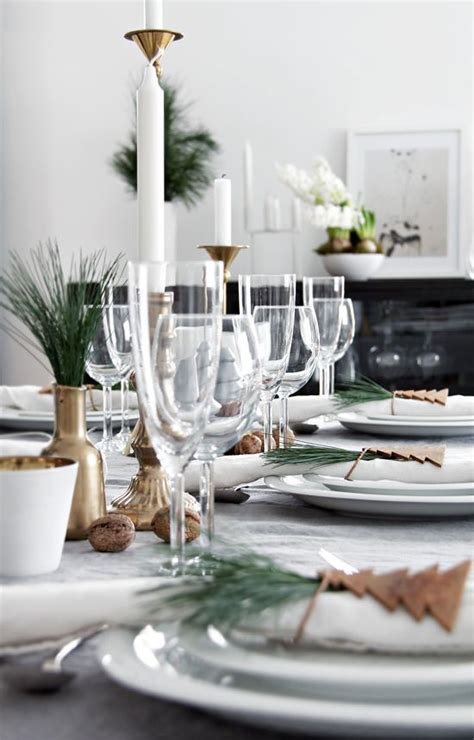 beautiful scandinavian inspired holiday table settings