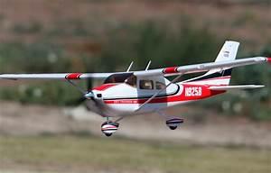 Dynam Cessna 182 50 U0026 39  U0026 39  Electric Rc Plane Ready