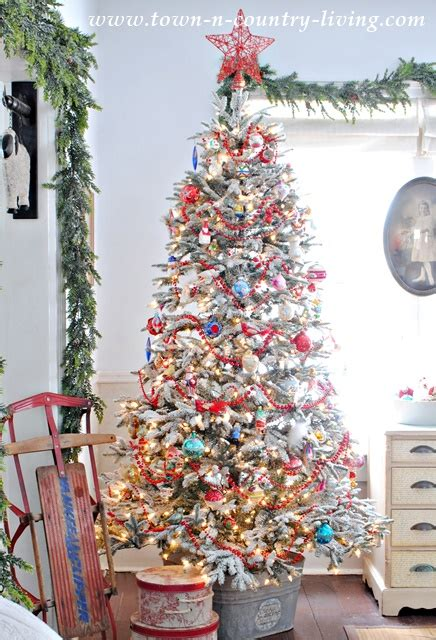 Christmas Tree Decorating Ideas  Part One Town