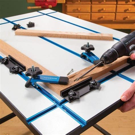 rockler  universal  track  hold  clamps