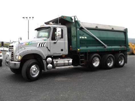 used 2007 mack granite tri axle steel dump truck for sale