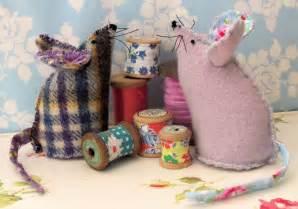 Sewing Mouse Pincushion Pattern