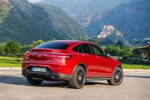 Coupe Mercedes : mercedes benz glc class coupe review 2016 parkers ~ Gottalentnigeria.com Avis de Voitures