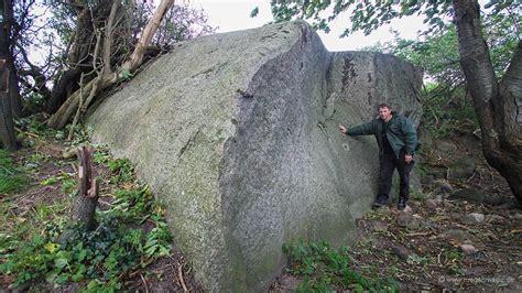 ruegen findling nardevitz  tonnen stein auf fotoskarte