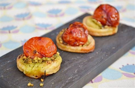 puff pastry canapes ideas balsamic tomato pesto canapés great chefs