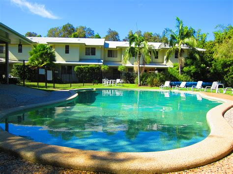 Schoolies Byron Bay Byron Lakeside Holiday Apartments