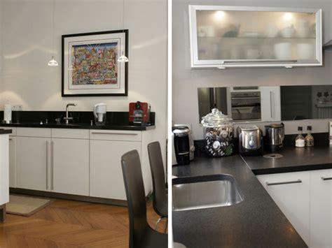 decoration cuisine noir et blanc décoration cuisine noir et blanc conseils pour la réussir