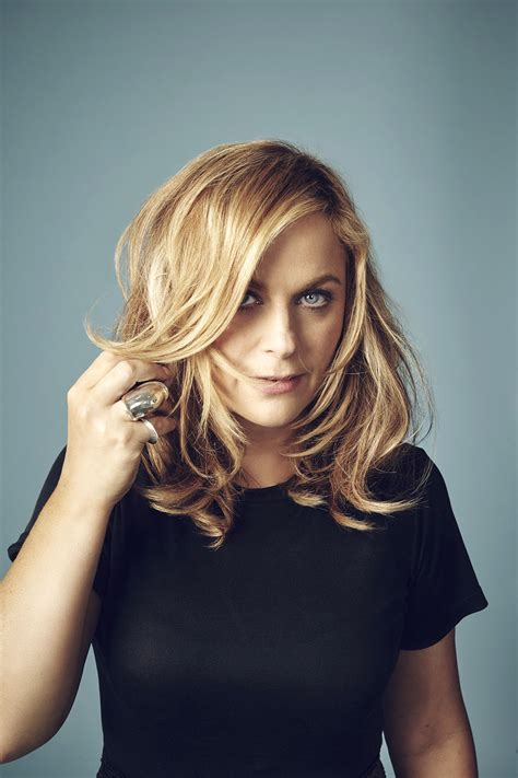 amy poehler gif amy poehler developing animated comedy at fox hollywood