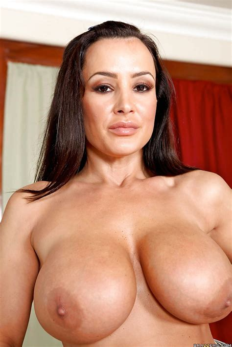 Fabulous Naked Milf Lisa Ann With Big Tits And A Hot Tough Ass