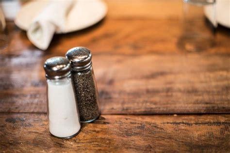 salt pepper shakers   table willowandeverett