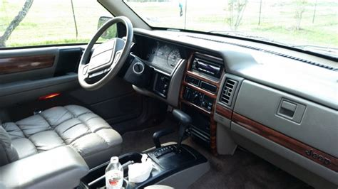 1991 jeep wagoneer interior 1993 jeep grand wagoneer interior pictures cargurus