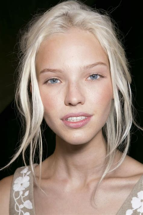 Hair Almost White by White Hair Dye How To Dye Your Hair White Part 7