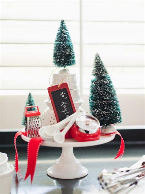 christmas cake stand decorating ideas  designs