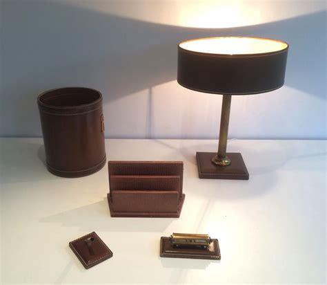 n馗essaire de bureau n 233 cessaire de bureau en cuir vers 1970 objets de d 233 coration