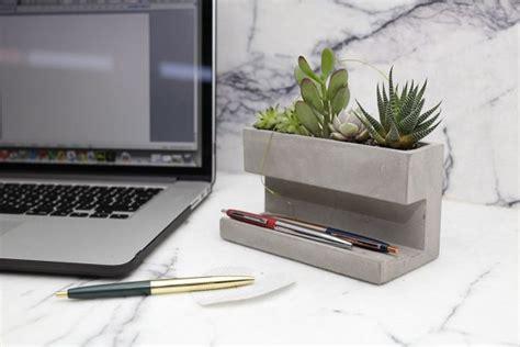 Cool And Unique Desk Organizer Pen Pencil Holders by 40 Unique Desk Organizers Pen Holders