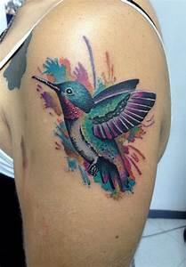 Tattoos Schulter Oberarm Frau : 1001 ideen f r ein vogel tattoo infos ber ihre symbolischen bedeutungen ~ Frokenaadalensverden.com Haus und Dekorationen