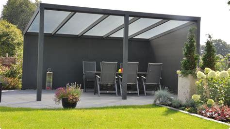 überdachung terrasse freistehend gartenlounges freistehende terrassend 228 cher aus aluminium