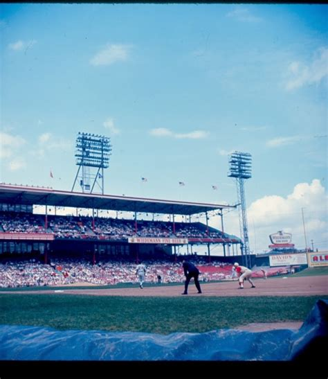 crosley field history      cincinnati reds  ballpark