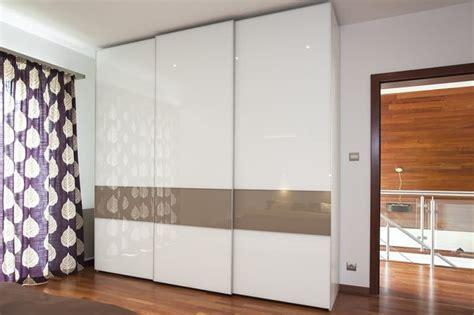 12 Best Sliding Door Wardrobe Design Ideas For Singapore Homes