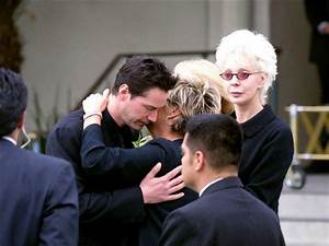 Keanu Reeves at Funeral Jennifer Syme | Celebs | Pinterest ...