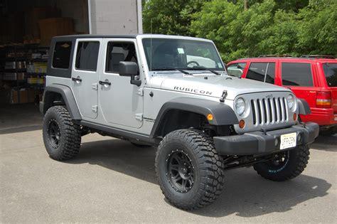 wrangler jeep lifted jeep wrangler 4 5 quot premium lift kit 2007 2017 jk