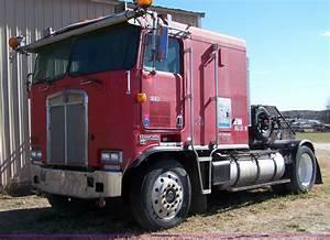 1986 Kenworth Coe K100e Semi Truck