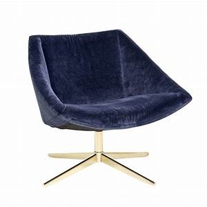 Fauteuil Velours Bleu : bloomingville elegant upholstered armchair blue velvet living and co ~ Teatrodelosmanantiales.com Idées de Décoration