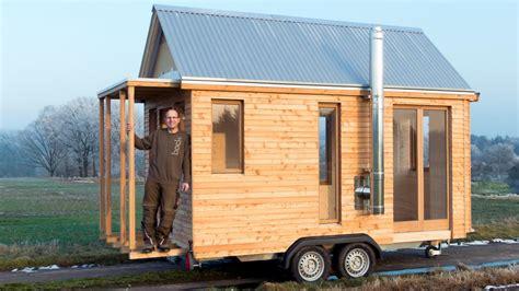 Tiny Häuser Nrw by Deutscher Tischler Baut Blockhaus F 252 R Autoanh 228 Nger Welt