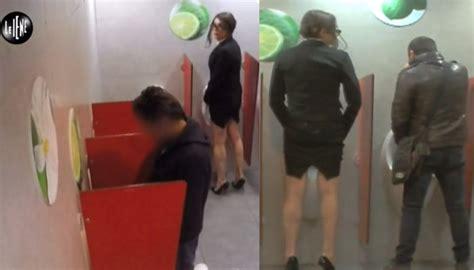 donne in bagno a fare pipi luxuria fa pip 236 nel bagno dei maschi ecco le reazioni