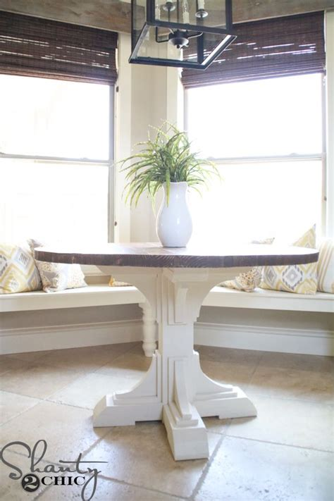 A rustic farmhouse coffee table can be effortlessly built using lumber wood. DIY Round Table   Farmhouse kitchen tables, Round farmhouse table, Round coffee table diy
