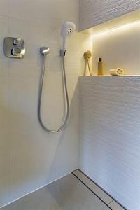 Badezimmer Beleuchtung Led : indirekte beleuchtung led badezimmer led streifen wandnische licht badezimmer led indirekte ~ A.2002-acura-tl-radio.info Haus und Dekorationen