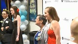 Tim Tebow throws prom night for special needs guests