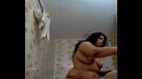 Desi Bbw Wife Oiling Her Hair Nude In Bathroom