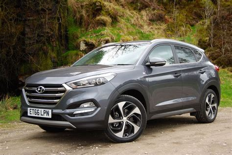 To provide you enjoyable journey. Hyundai Tucson 1.7l CRDi Sport Edition Review - Driving Torque