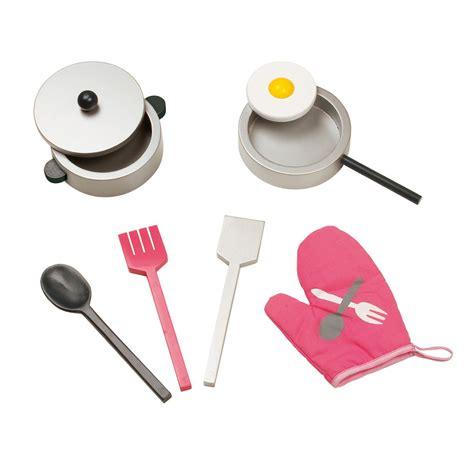 cuisine mademoiselle janod kinderküche 39 maxi mademoiselle 39 mit zubehör 9 teilig