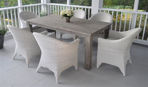 kingsley bate reclaimed teak table and wicker chairs