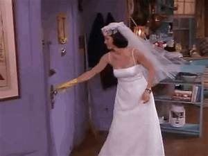 today in tv history monica rachel and phoebe tried on With friends wedding dresses