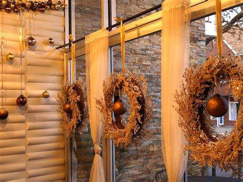 christmas decoration restaurant ideas christmas decorating