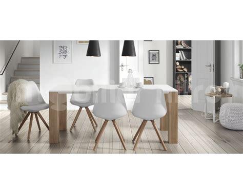 chaise blanche salle a manger table chaises salle à manger le monde de léa