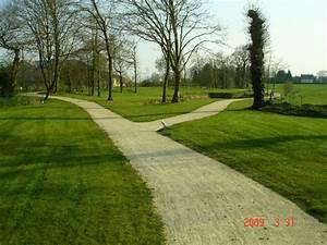 Comment Refaire Sa Pelouse : pelouse rustique ~ Carolinahurricanesstore.com Idées de Décoration