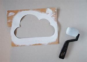 pochoir nuage pour deco murale With peindre au pochoir sur un mur